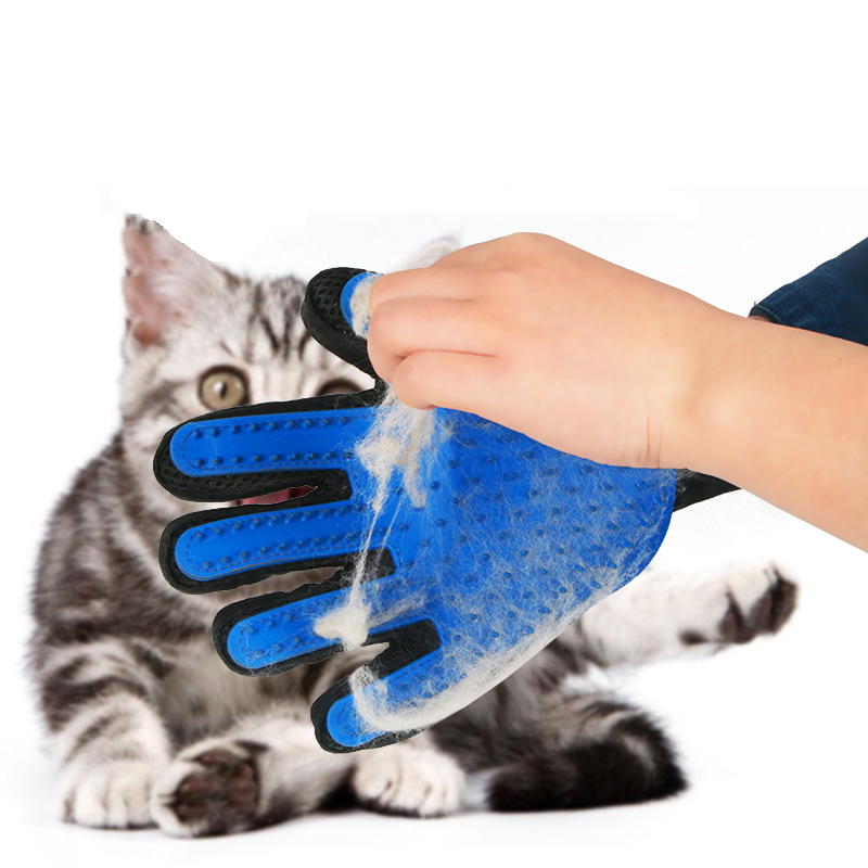 Five Fingers Pet Grooming Gloves for Cleaning and Removal of Dogs and Cats Hair Made of Rubber Useful for Animal Bathing 3