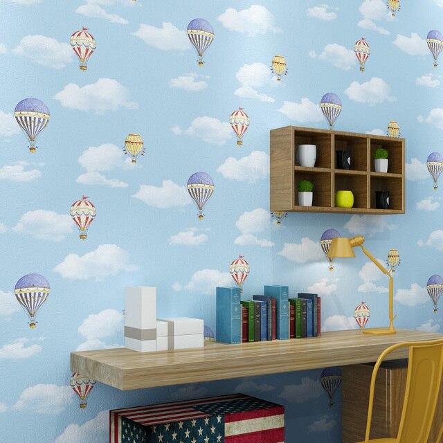 Heißluftballon Kinderzimmer romantische blauen himmel weiße wolken heißluftballon