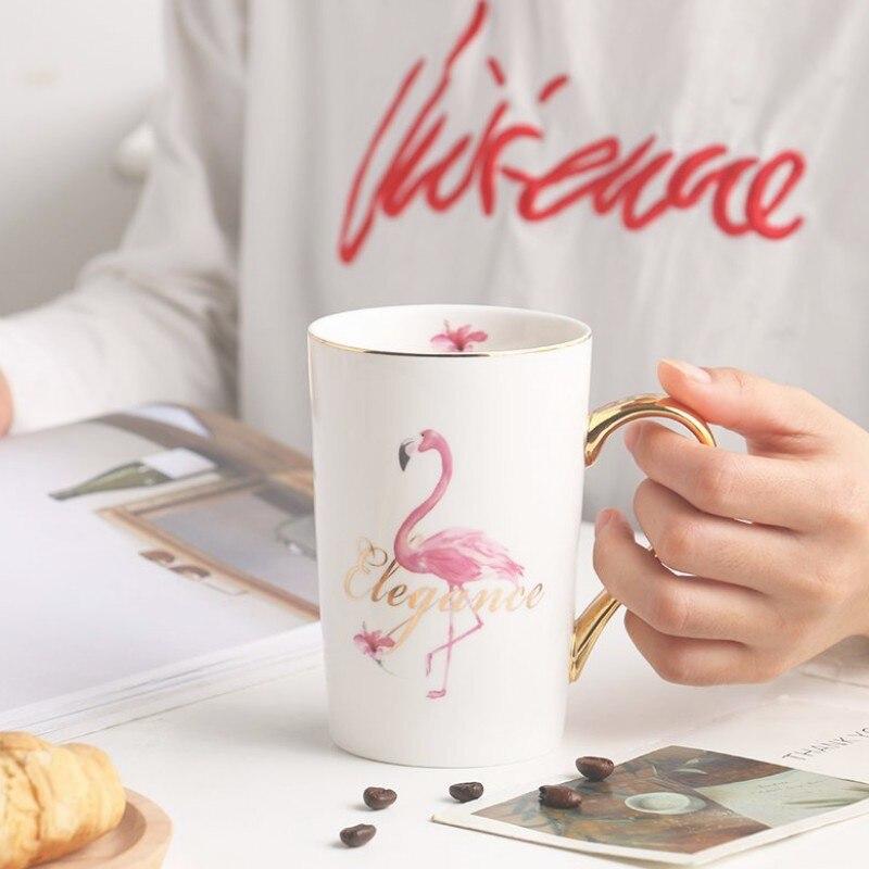 Fashion Simple Breakfast Cup Creative Nordic Style Flamingo Ceramic Mug Gold Edge Coffee Milk Breakfast Cup in Bathroom Tumblers from Home Garden