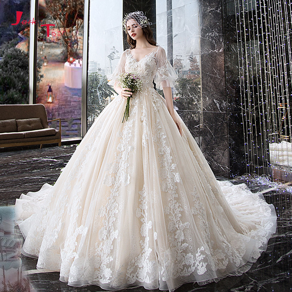 a5c1d5a2b7 top 8 most popular princess lace wedding dress ideas and get free ...