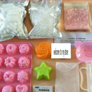 DIY Handmade Soap Set with Tra