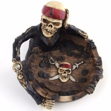 Resin Ashtray Lovely Cartoon Pirate Captain Skeleton Home Office Funny Gift Creative Personality Trend