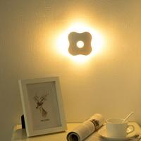 Gece Işık Lanterna Yonca Sensörü Nightlight PIR Akıllı LED Insan Vücut Hareket Indüksiyon Lamba Enerji Tasarrufu Aydınlatma AAA