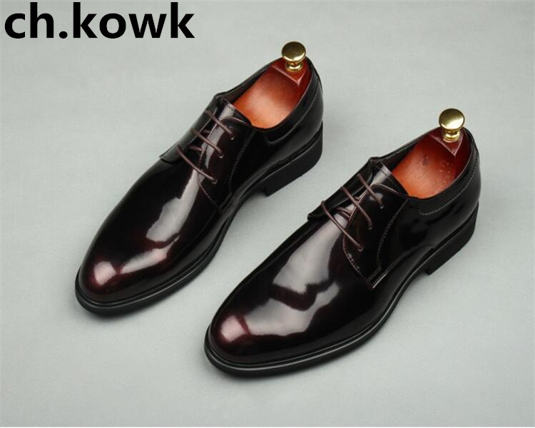 Winter new men European American fashion patent leather business dress shoes round toe glitter leather wedding banquet shoesWinter new men European American fashion patent leather business dress shoes round toe glitter leather wedding banquet shoes