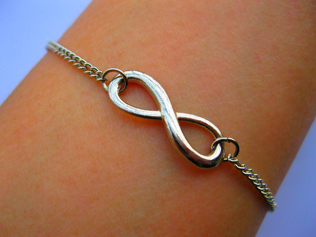 2015 Silver Infinity Charm Promise Bracelet Infinity Symbol Figure 8