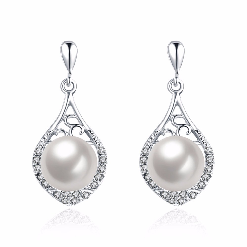 New Design Exclusive Water Drop Genuine Pearl Earrings Rhinestone Gold  Colour Natural Earrings Ear Stud For