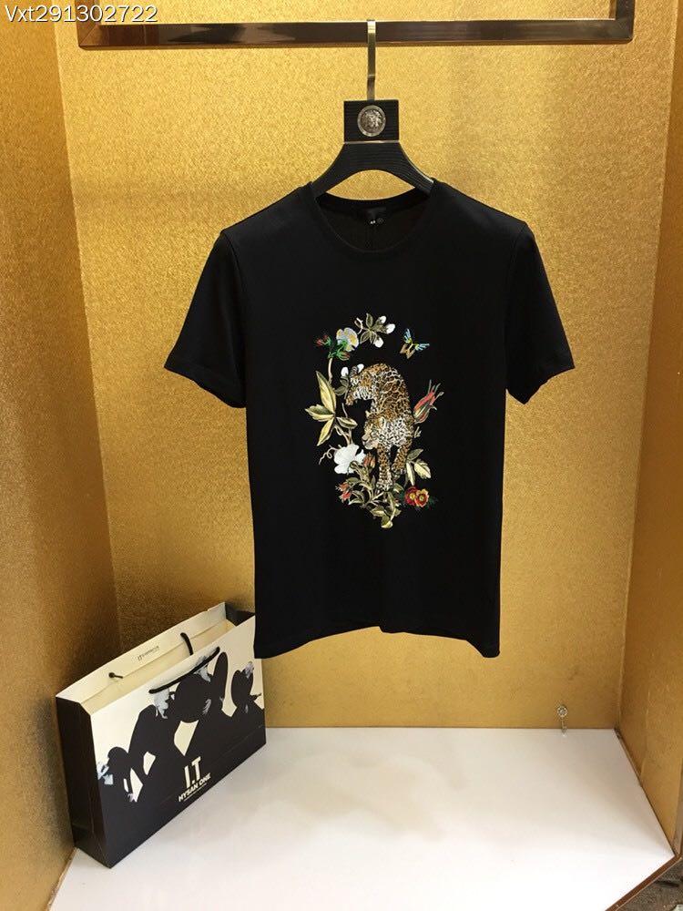 WA05875BA Fashion Designer Brands Luxury Men T-Shirt 2018 Summer Famous Design T Shirt Men Brand Clothing Fashion Tee Tops 2016 brand clothing t shirt men v for vendette anonymous mask printed t shirt man funny tops tee shirt plus size s xxxl