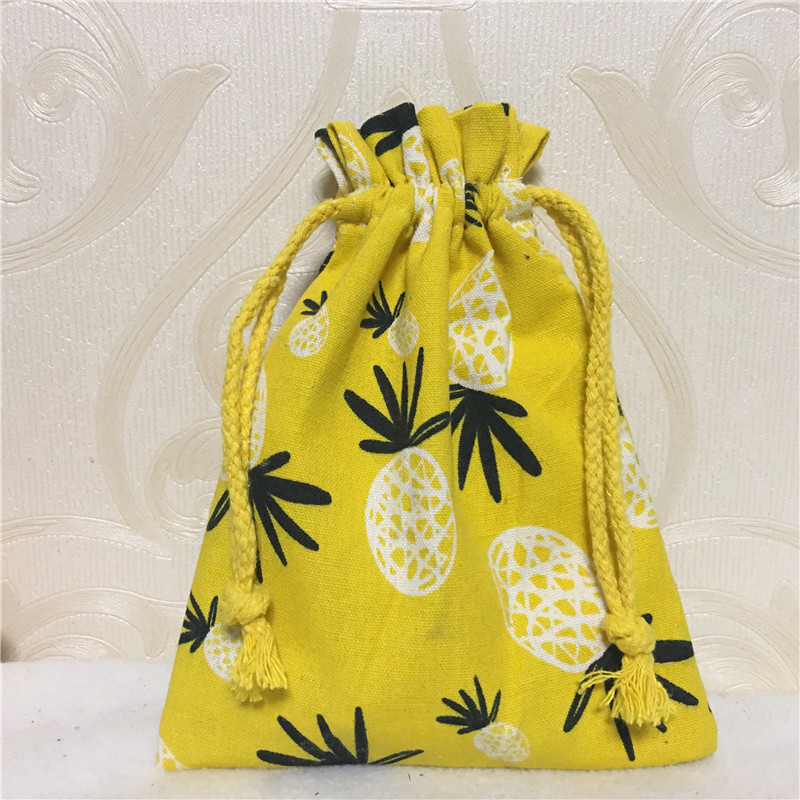 YILE 1pc Handmade Cotton Linen Drawstring Multi-purpose Organizer Party Gift Bag Pine Apple 8123b