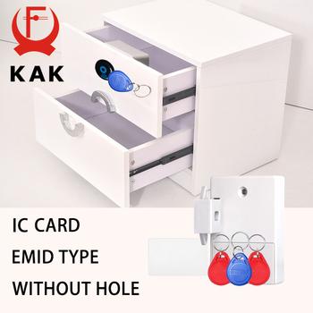 KAK blokada czujnika EMID karta elektroniczna czujnik cyfrowy zamek na kartę szuflady DIY inteligentny elektroniczny niewidoczny ukryta szafka blokada sprzętu tanie i dobre opinie SmartLock-01 Zamek okno 86*63*28mm 1pc About 0-4 5CM distance 3pcs About 0-2 5CM distance Please contact us Accept 2pcs AA