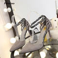Bombas de las mujeres super alta talón fino resorte de Las Señoras Bombas sexy sapato feminino chaussure Mariposa dulce 2017 de la pu de la superestrella