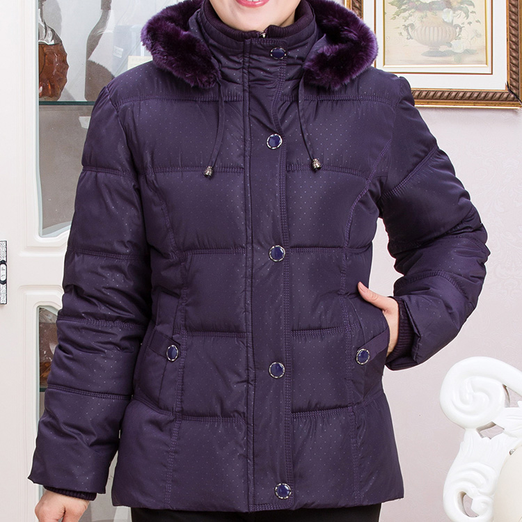 2018 In the elderly cotton short paragraph thick coat mother installed down jacket