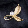 Top Quality Alloy Tree Buds Cute Natural Pearl Brooch Rhinestone Scarf Buckle Jewelry Wholesale