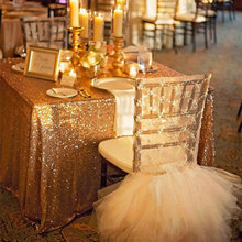 лучшая цена FREE SHIPPING 48''*72'' Rectangle Gold Sequin Tablecloth For Wedding/Party/Banquet