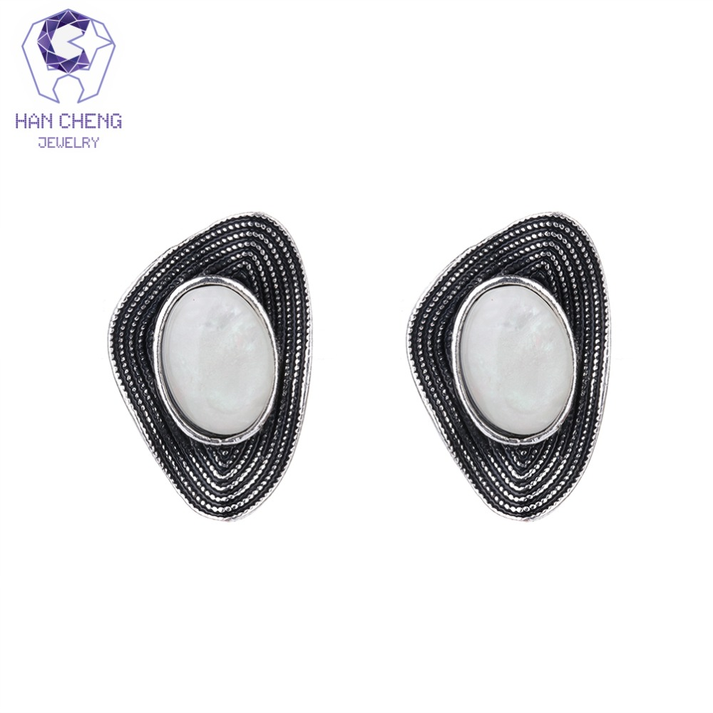 HanCheng New Fashion Metal Mussel Oval Fire Opal Vintage Clip Earrings For Women Jewelry Antique Silver Plated bijoux brincos