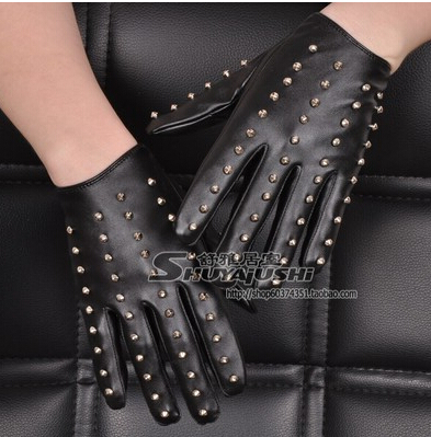 New Fashion Women's Punk Rivets Gloves Fashion Pu Leather Gloves Female Accessories Black Motorcycle Gloves