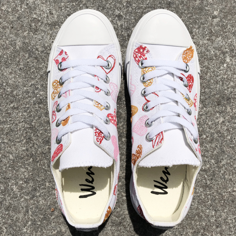 Wen Low Top Canvas Sneakers Original Design Hand Painted LOVE Peach Hearts Men Women Skateboarding Shoes Lovers Plimsolls net design low top sneakers