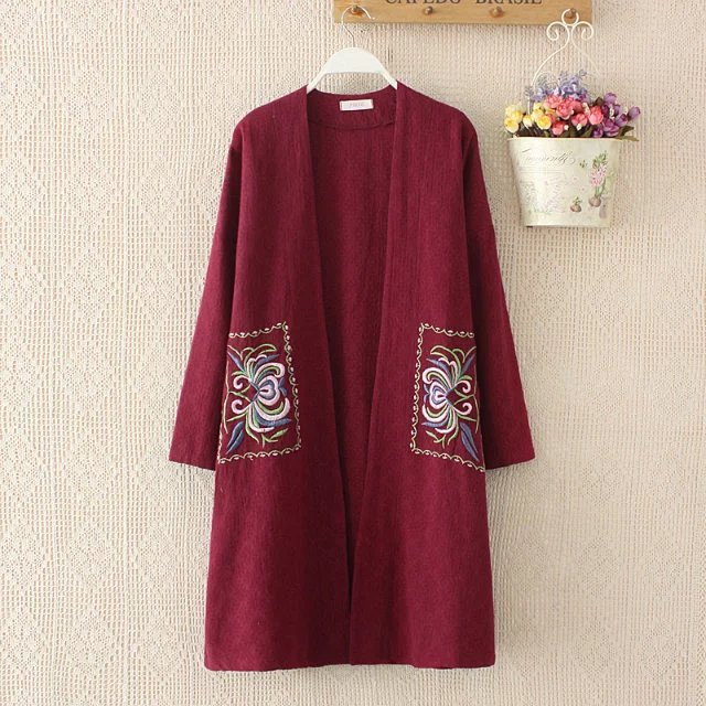 big size european  women cotton linen embroidery  open stitch trench outwear  woman flower printed long coat red large size