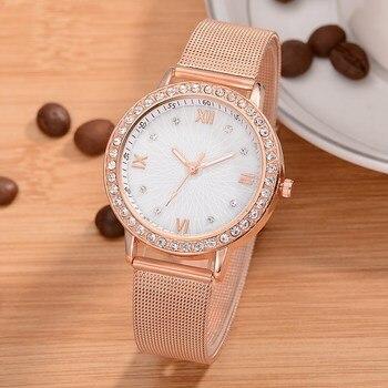 48f64fbbb1d80 Kadın Saatler 2018 Marka Lüks Gül Altın Bayanlar quartz saat Saat Moda Bayan  Elbise Rahat Yaratıcı İzle Relogio Feminino