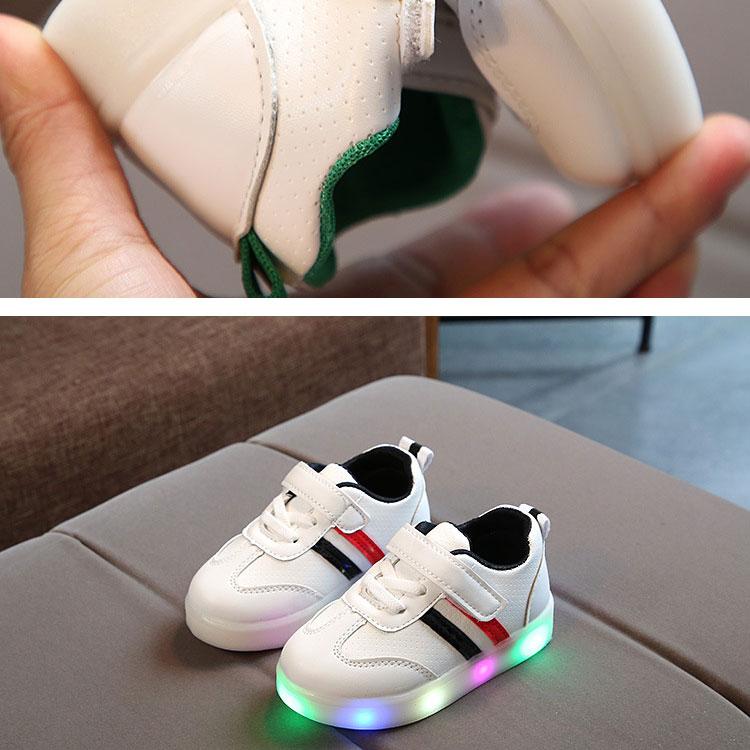 children-glowing-sneakers-1_09