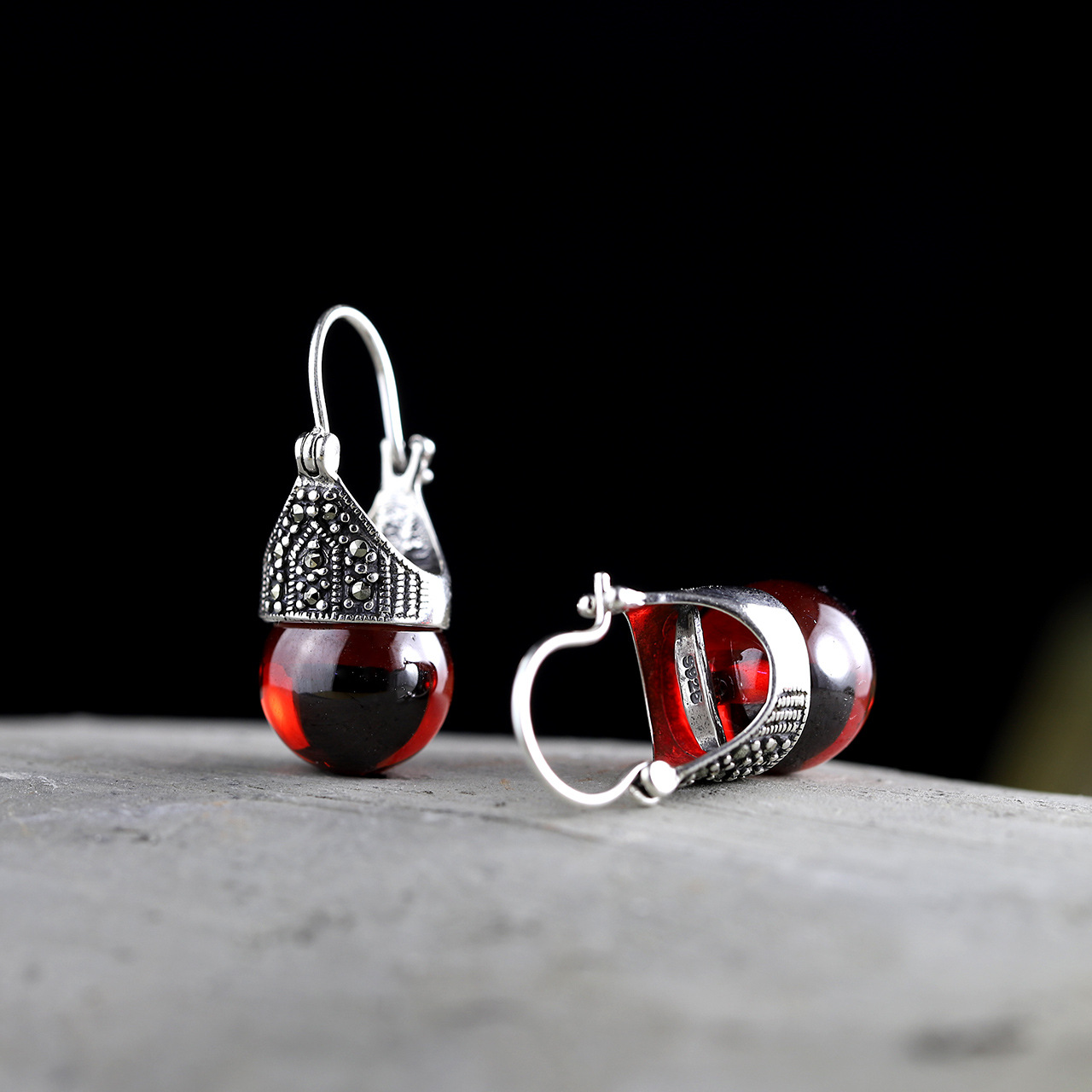 2018 New Limited Earings Fashion Jewelry Real 925 Sterling Silver Earrings For WomenWholesale Lady Elegant Garnet Ear Clip 2018 New Limited Earings Fashion Jewelry Real 925 Sterling Silver Earrings For WomenWholesale Lady Elegant Garnet Ear Clip