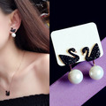 Fashion Sweet Cute Black Swan Earrings Cubic Zirconia Pearl Stud Earrings Girl Rose gold plated Women Jewelry