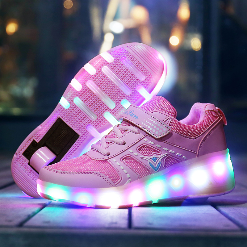 shoes four seasons boys girls LED luminous walking shoes children roller skates ultra - light  pulley shoes with wheels 1025A 2018 children pu shoes with led light
