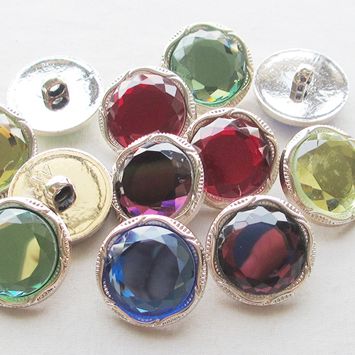 20 Pcs Golden Overcoats Acrylic Plastic Buttons Clothing Sewing Tools Accessories