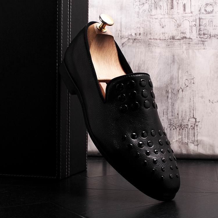 New Arrival Luxury Men Black Loafer Shoes Fashion Designer Slip On Rivets Trending Casual Shoes Man British Chic Zapatos 6