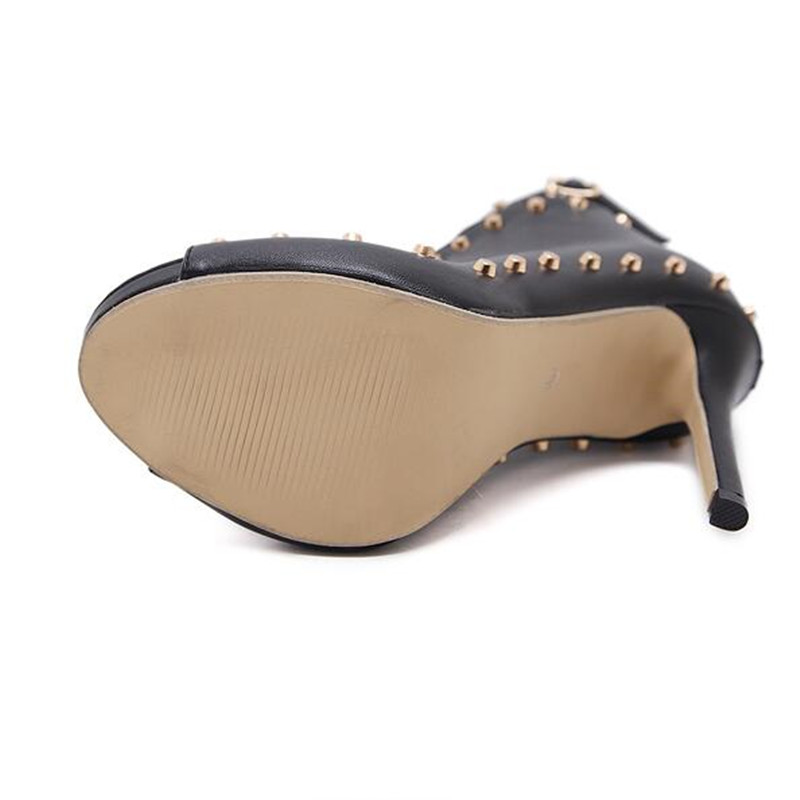 Sexy catwalk heels 2
