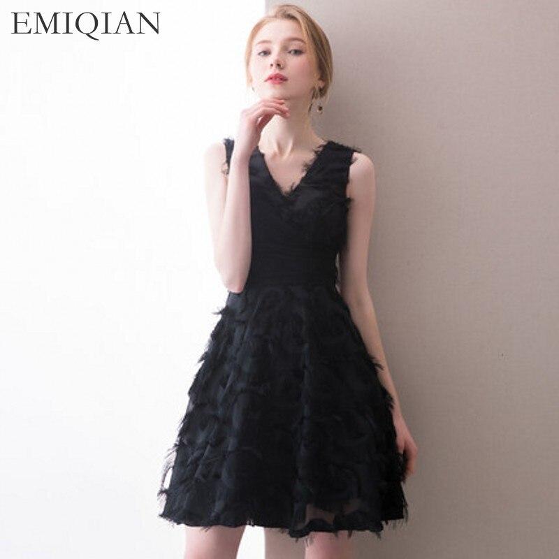 2018 New Arrival V Neck Black Short Wedding Party Dress Mini Cocktail Dresses Prom