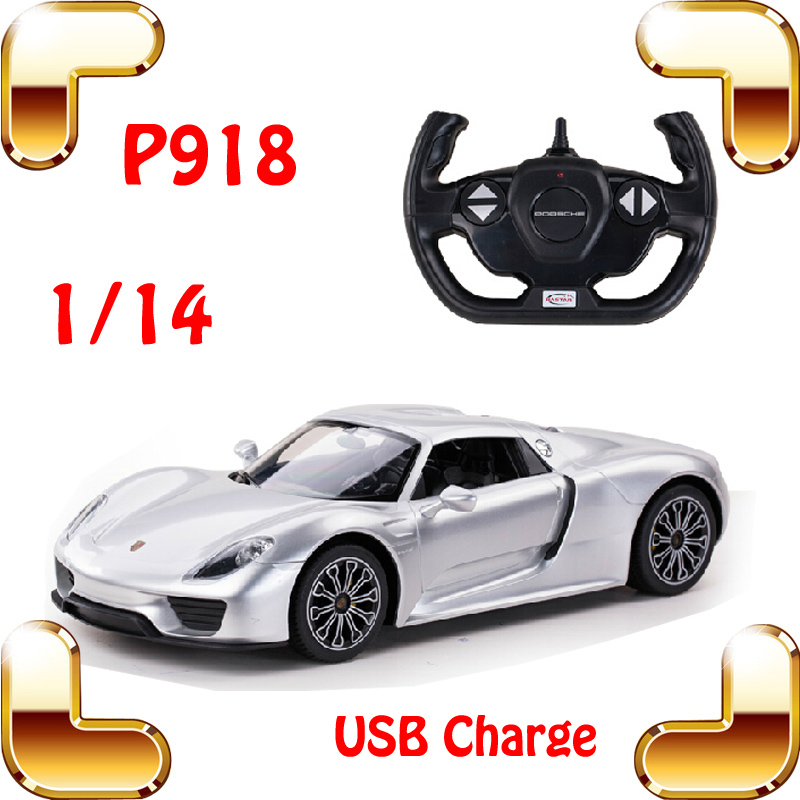 цена на New Year Gift P918 1/14 2.4G RC Race Car USB Charger Shock Defend Electric Vehicle Speed Power Up Traceless Car Fans Collection