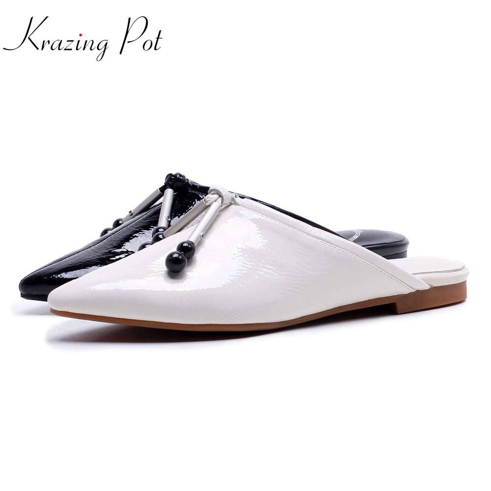 Krazing Pot 2018 new arrival genuine leather metal pendant decoration mules brand shoes slip on flat with outside slippers L18