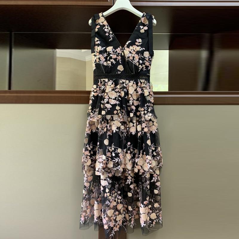 Red RoosaRosee Fashion Runway Designer Women Sexy Backless Deep V Neck Flower Sequin Dress Party Dress