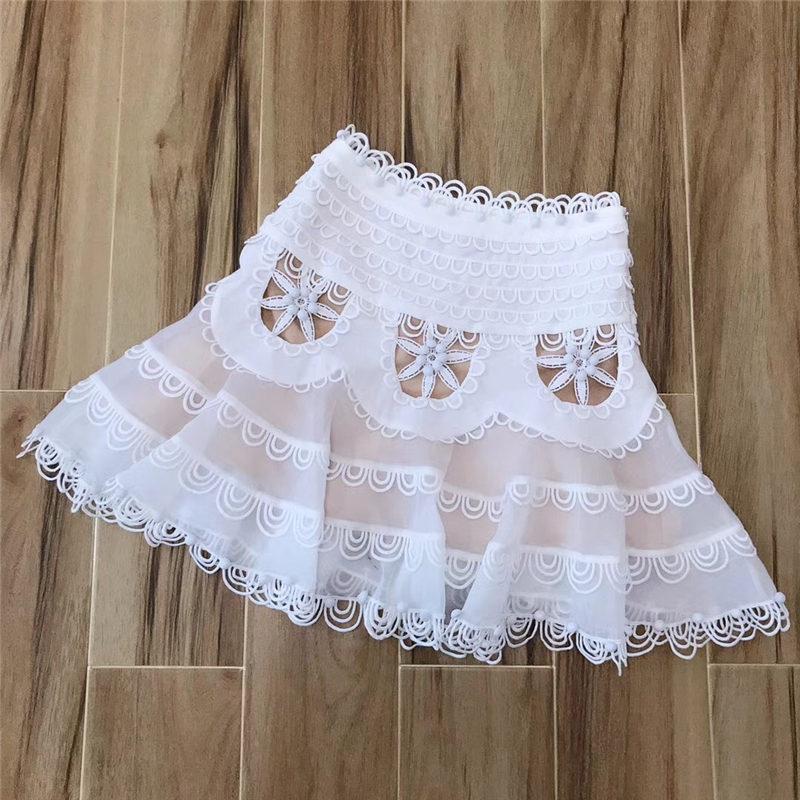 Dentelle Jupes White Été Haute Blanc Noir Taille Slim Vente 2019 Perlé Femme Printemps Broderie Plage Minijupe Marque Pour Y4gxnT