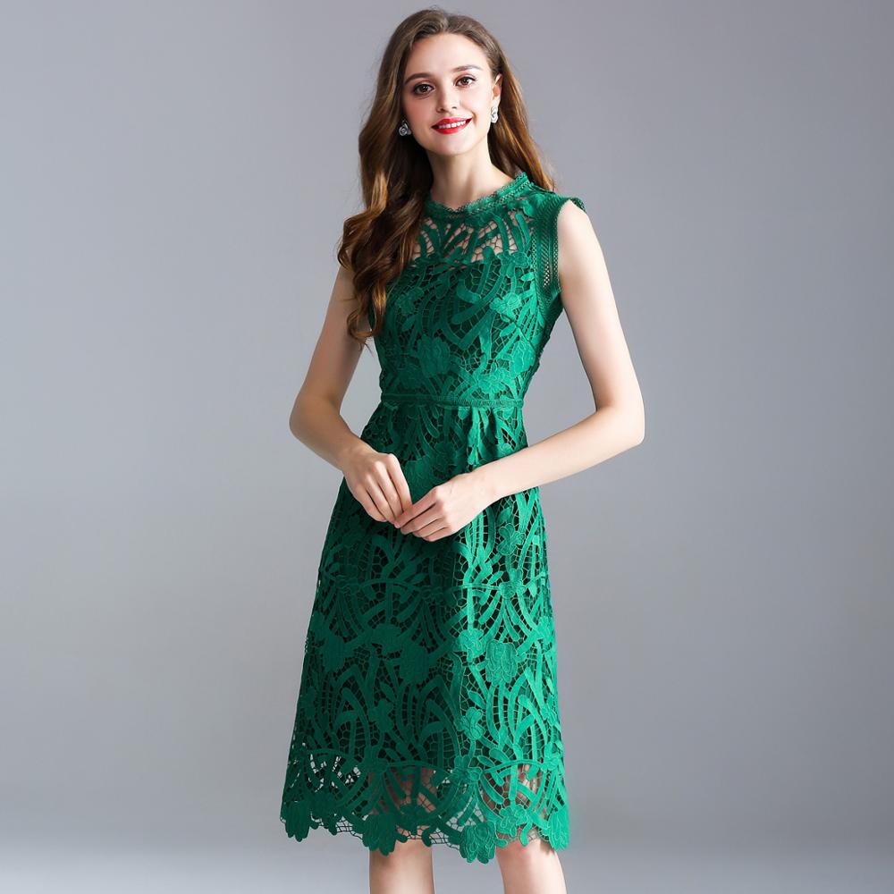 2019 summer new European and American large size women's solid color sleeveless openwork embroidery lace A word dress
