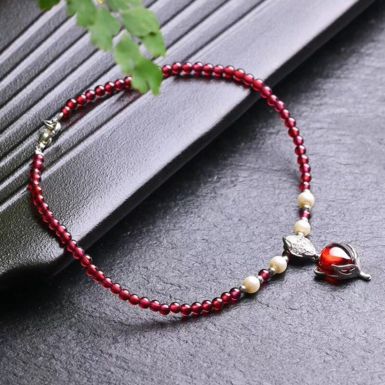 Natural 3.5mm Garnet Stone Anklets for Women with Fox Pendant Foot Accessories Summer Beach Barefoot Ankle Bracelet Female Ankle