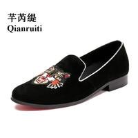 Qianruiti Men Tiger Head Embroidery Loafers Street Style Slip on Shoes Luxury Handmade Casual Shoes EU39 EU46