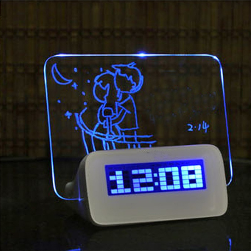 Blauw Groen Licht Digitale Wekker Led Despertador Fluorescerende Met Message Board Usb 4 Port Hub Bureau Tafel Klok Kalender Online Korting