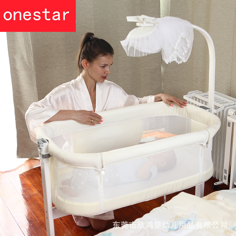 Wooden Crib Side Bed Multi-functional Portable Roller Splice Queen Bed Kids Beds  Baby Cradle