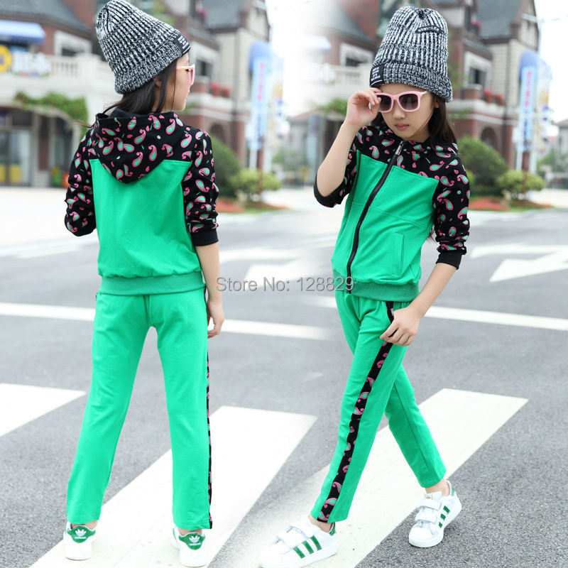 Girls Sports Suits (4)