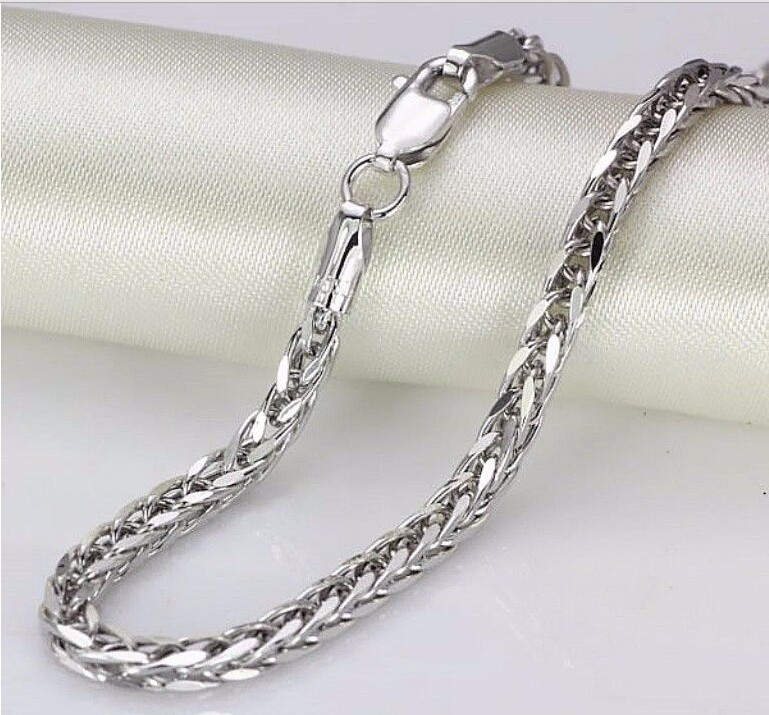 17.8 Inch Pure White Gold Necklace/ Italy Big Wider Wheat Necklace/ 9g