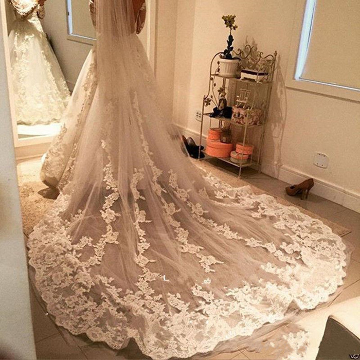 Best Selling Bridal Veil With Lace Floral Appliques One Layer Long Cathedral Wedding Veil With Free Comb Custom Made For Bride