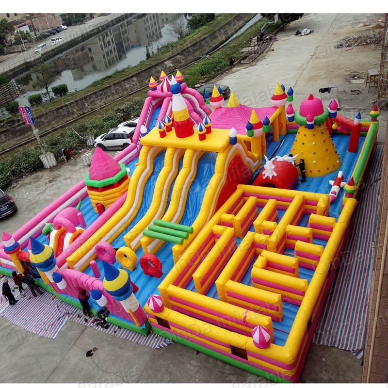 20*15 Meters Giant Inflatable Fun City , Inflatable Playground On Sale 5k Inflatable Obstacle Course For Sale