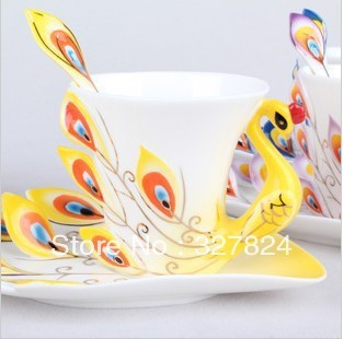 Free shipping!super beautiful high quality chinese ceramic cup Enamel porcelain dazzle gold peacock coffee mug cup ceramic mug