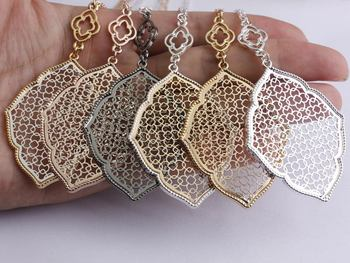 New Fashion Trendy Jewelry Gold Plating Cut Out Filigree Moroccan Love Necklace Bohemian Long Chain Necklace For Women 2