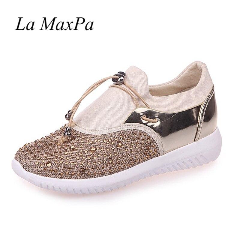Femmes Casual Chaussures Femmes de Mode Air Mesh Vulcaniser Chaussures Dame D'été Femelle Tenis Sneakers Couple Plus La Taille 36-44 Doux Semelles