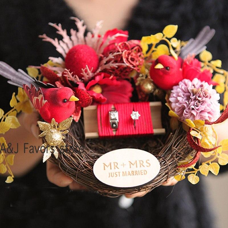 1 pièces fête décoration fiançailles mariage mariage personnalisé porteur anneaux boîtes personnalisé rouge amour oiseau anneau oreiller