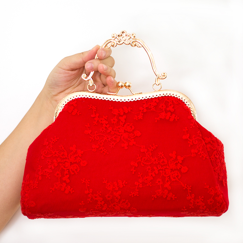 43442337a2 2018 new female bag red wedding bride lace Bag Handbag Shoulder Crossbody Bag  Purse-in Top-Handle Bags from Luggage   Bags on Aliexpress.com