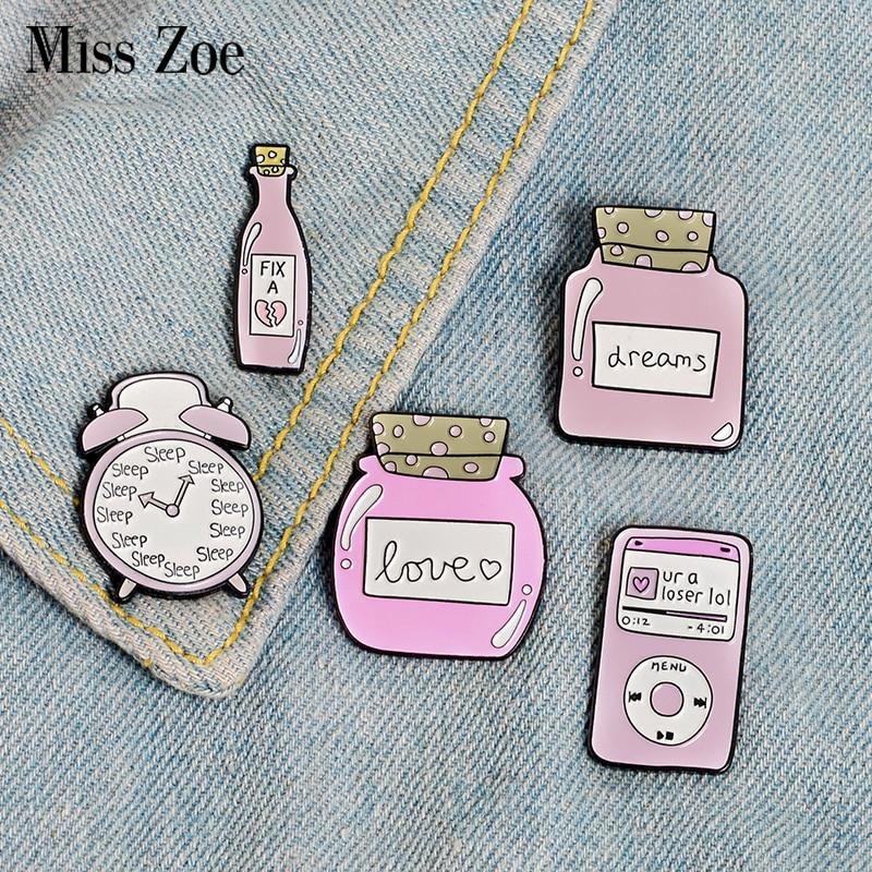 Pink Collection Enamel Pins Sleep Clock Love Dream Bottle Brooches Denim Shirt Lapel Pin Bag Cartoon Cute Jewelry Gift for Girl