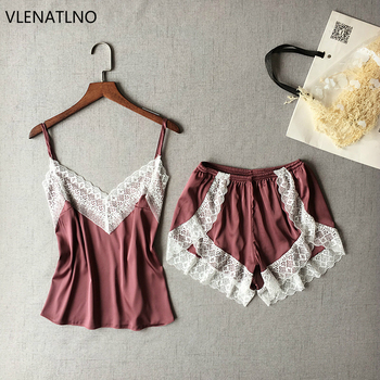 15651cd0213ff VLENATLNO Женская одежда для сна Сексуальный Атласный пижамный комплект  белая кружевная Пижама с v-образным вырезом без рукавов милый топ на бре.